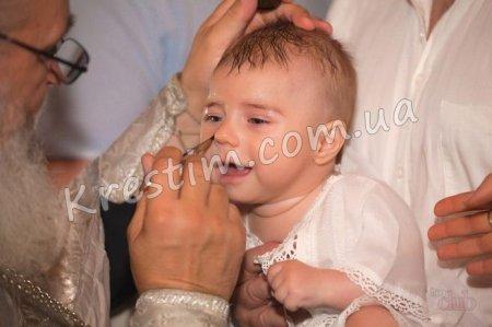 Прикмети на хрещення дитини
